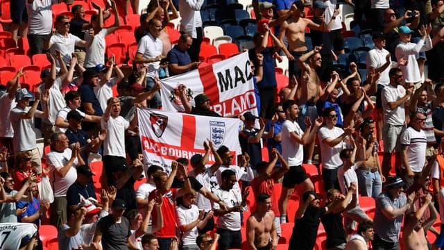 Des supporters anglais à Wembley