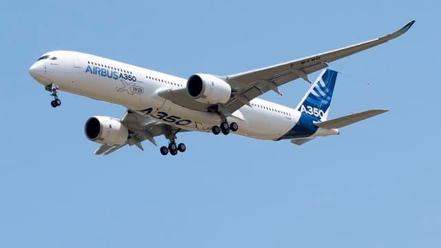 Cette commande intervient alors qu'Airbus connaît un trou d'air