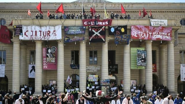 Le théâtre de l'Odéon occupé par des intermittents du spectacle, le 23 avril 2021 à Paris