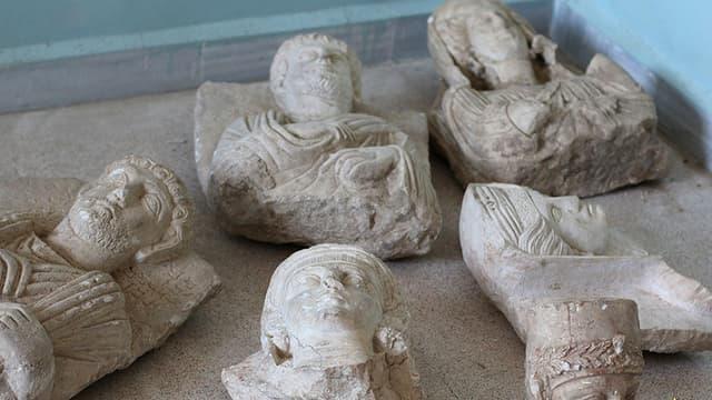 Image fournie par la propagande islamiste montrant des pièces provenant de la cité antique de Palmyre, en juillet 2015.