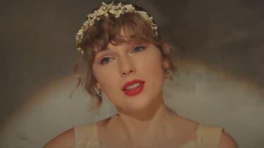 """Taylor Swift dans le clip de """"Willow"""""""