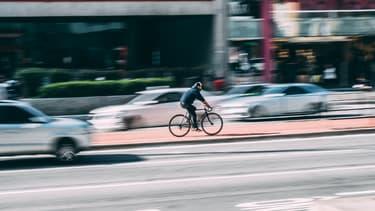 Les entreprises qui adoptent l'indemnité kilométrique vélo sont exonérées des cotisations sociales dans la limite de 200 euros par an et par salarié.