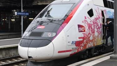 L'Océane, le nouveau TGV reliant Paris à Bordeaux, le 11 décembre 2016 après son voyage inaugural.