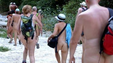 Des nudistes dans le Gard en juillet 2012 (image d'illustration)