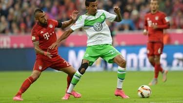 Le Bayern (maillot rouge) et Wolfsburg (en vert) pourraient subir les conséquences du scandale des moteurs truqués.