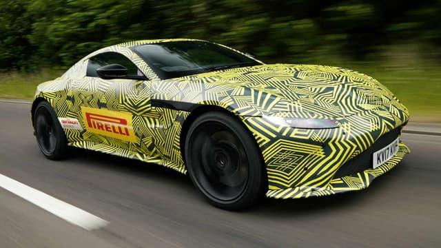 La prochaine nouveauté d'Aston Martin, c'est cette nouvelle Vantage. Elle ressemble à la DB10, le prototype créé spécialement pour le James Bond Spectre.