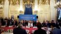 """Réunion du groupe des """"Amis de la Syrie"""" à Paris. La France va présenter ce vendredi au Conseil de sécurité des Nations unies un nouveau projet de résolution sur la mission d'observation du cessez-le-feu en Syrie avec la volonté d'en porter les effectifs"""