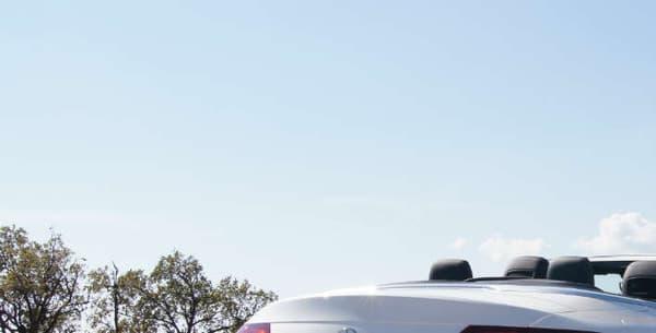 La version essayée, le C 200 4MATIC Cabriolet Ligne Sportline, est commercialisée à 58.800 euros.