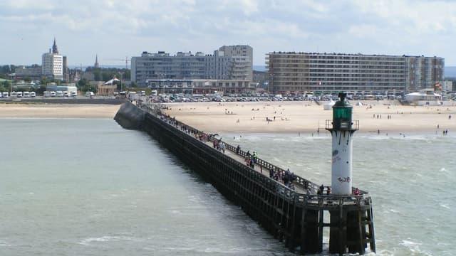 Vue de Calais, où les prix de l'immobilier baissent le plus en juillet