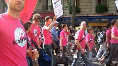 """Le journal """"Minute"""" a été condamné mardi 20 mai après une plainte de l'association SOS Homophobie."""