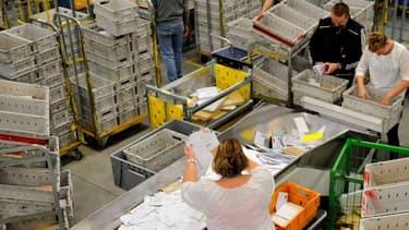 Bruxelles a validé les aides de l'Etat à La Poste afin d'assurer sa mission de service public.