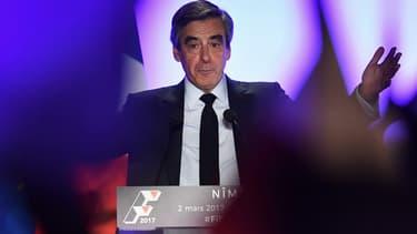 François Fillon lors de son meeting à Nîmes.
