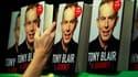 """Dans ses Mémoires, intitulés """"A Journey"""" (Un voyage) et parus mercredi, l'ancien Premier ministre britannique Tony Blair reconnaît ne pas avoir imaginé au début de la guerre en Irak le """"cauchemar"""" qui allait suivre, mais maintient qu'il ne regrette en rie"""