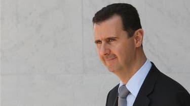 Le président syrien Bachar al Assad a décrété une amnistie générale, selon la télévision publique syrienne. /Photo d'archives/REUTERS/Khaled al-Hariri
