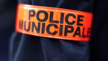 Les policiers municipaux sont autorisés à porter des pistolets 9 mm, selon un décret paru ce mardi. (Photo d'illustration)