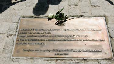 Une plaque explicative à Bordeaux - Image d'illustration