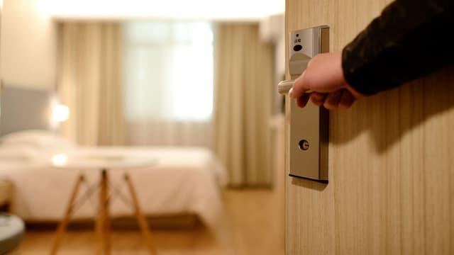 Les panneaux qui soustraient l'hôtelier à ses obligations n'ont pas de valeur juridique.