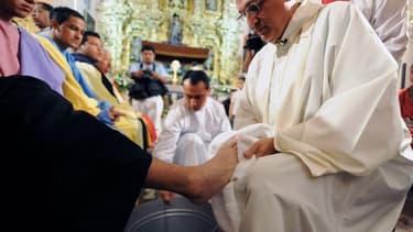 """En mars, d'anciens séminaristes de la capitale hondurienne ont accusé Mgr Pineda, de """"sérieuses inconduites sexuelles""""."""