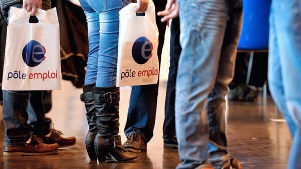 Le nombre de demandeurs d'emplois en catégorie A a baissé de 3,3% en mai.