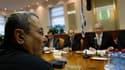 Le gouvernement israélien était réuni lundi à Jérusalem pour approuver la constitution d'une commission d'enquête sur l'arraisonnement le 31 mai d'une flottille humanitaire qui tentait de briser le blocus de la bande de Gaza. /Photo prise le 14 juin 2010/