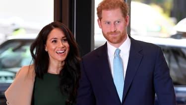 Le prince Harry et son épouse Meghan lors de leur arrivée à la cérémonie des WellChild awards à Londres le 15 octobre 2019.