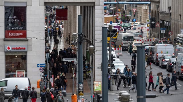 A Berlin où les loyers explosent, la bataille d'artistes contre l'expulsion.