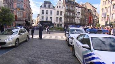 Une fusillade a éclaté samedi près du Musée Juif de Bruxelles, tuant au moins trois personnes.