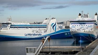 Trois bateaux de Corsica Linea sont bloqués au port de Marseille depuis le 10 janvier en raison d'une grève des personnels d'une autre compagnie maritime, La Méridionale.