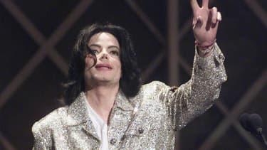 Michael Jackson sur la scène des American Music Awards en 2002