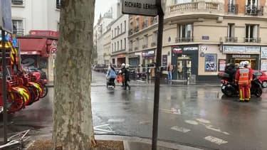 Une attaque au couteau a eu lieu ce vendredi près des anciens locaux de Charlie Hebdo.