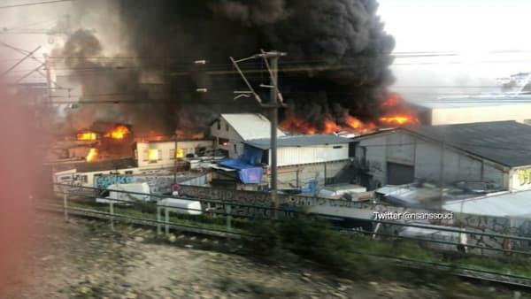 Un important incendie s'est déclaré ce vendredi dans un entrepôt à Aubervilliers.