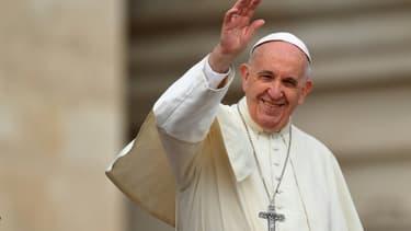 Le pape François lors de son audience générale hebdomadaire sur la place Saint-Pierre au Vatican, le 11 avril 2018
