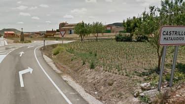 """A l'entrée du village """"Matajudios"""", le panneau pourrait bientôt changer."""