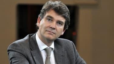 """Arnaud Montebourg assure que """"dans la majorité des cas, l'outil industriel a été conservé""""."""