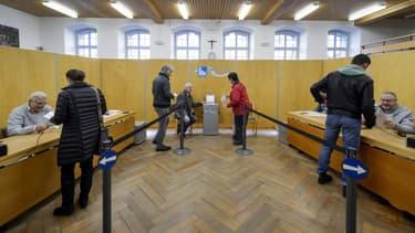Les Suisses étaient appelés aux urnes ce dimanche 30 novembre pour se prononcer sur trois sujets.