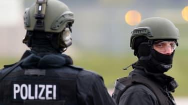 Le Syrien suspecté d'avoir projeté un attentat en Allemagne s'est suicidé en prison.