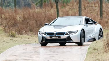 Parmi les lots intéressants des enchères du fisc belge le 28 juin, une BMW i8, la supercar électrique du constructeur allemand.