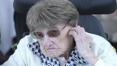 La doyenne officielle des Français et des Européens, Marie-Thérèse Bardet, vient de célébrer ses 114 ans, entourée de sa famille, d'élus locaux et des salariés de la maison de retraite de Pontchâteau (Loire-Atlantique), où elle vit depuis vingt ans. /Phot