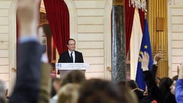François Hollande laisse les politiques partagés.