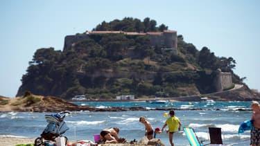 Le fort de Brégançon, situé sur la commune de Bornes-les-Mimosas