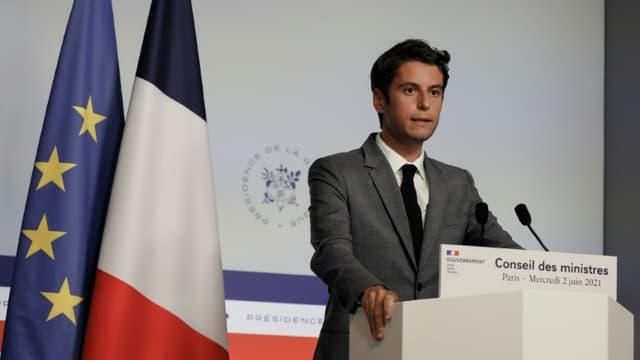 Gabriel Attal lors d'une conférence de presse, le 2 juin à Paris