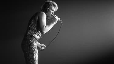 Johnny Hallyday lors d'un concert le 28 septembre 1971 au Palais des sports à Paris