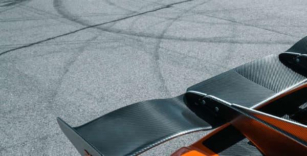 Le fameux plus gros aileron de la gamme, badgé du XS.