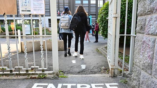 Des lycéennes à Rennes, le 1er septembre 2020 (illustration).