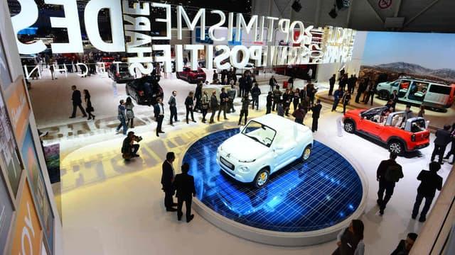 Sans nouveauté majeure, Citroën nous enthousiasme tout de même avec son concept de E-Méhari habillé par Courrèges.