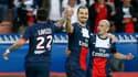 Zlatan Ibrahimovic, au centre, avec Christophe Jallet, à droite, en mai 2014
