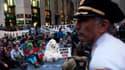 Le sommet se tient deux jours après des manifestations pour le climat qui ont rassemblé des centaines de milliers de personnes dans plusieurs villes du monde. A New York, une mobilisation avait encore lieu hier.