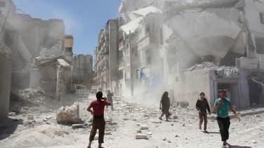 Trente-huit civils ont été tués dans des frappes nocturnes dans la province d'Idleb