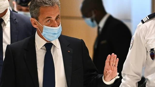 L'ancien président Nicolas Sarkozy arrives au tribunal de Paris le 1er mars 2021