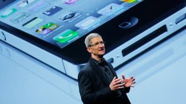 Apple abandonnera officiellement sa régie publicitaire iAd le 30 juin 2016, alors qu'elle avait été lancée en 2010.